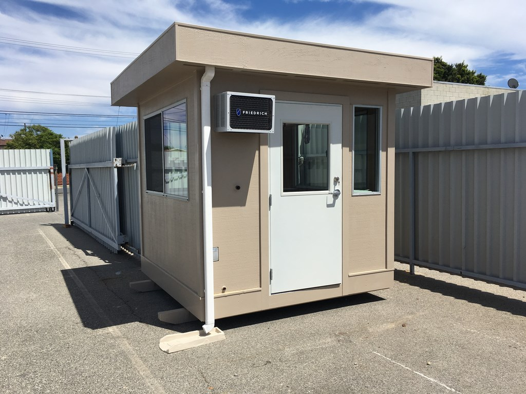 8'x8' portable guard house exterior