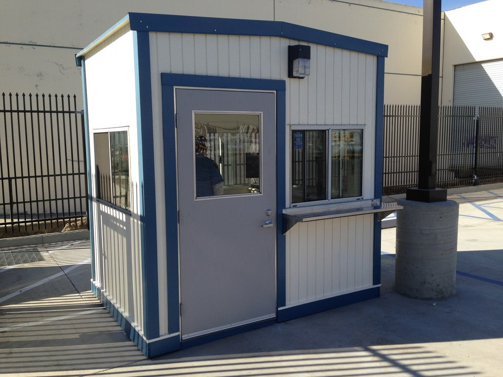 guard booth on permanent foundation, portable guard station, prefabricated security booth, forkliftable security booth, guard shack