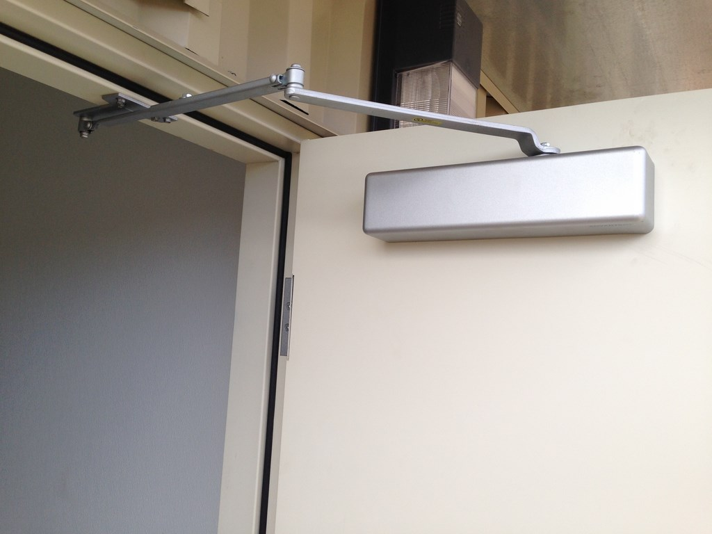 prefab building door closer